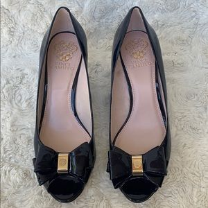 Vince Camuto Navy Patent Leather Wedges Sz8.5